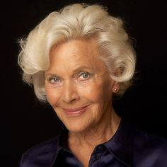 Honor Blackman. She is absolutely stunning. I'm going to have to write some older parts at the end of the saga.