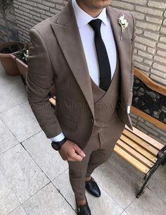 Mens Fashion For Sale Blazer Outfits Men, Mens Fashion Blazer, Mens Fashion Wear, Suit Fashion, Best Suits For Men, Best Wedding Suits For Men, Formal Suits For Men, Suit For Men, Brown Suits For Men