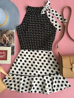 Pretty In Pink Polka dots Fashion Kids, African Fashion, Fashion Outfits, Frocks For Girls, Little Girl Dresses, Girls Dresses, Kids Outfits, Cute Outfits, Kids Gown