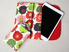 Sew a case for an ipad Amazon Fire Tablet, Tablet Cover, Ipad Sleeve, Bagan, Projects To Try, Textiles, Couture, Iphone, Creative
