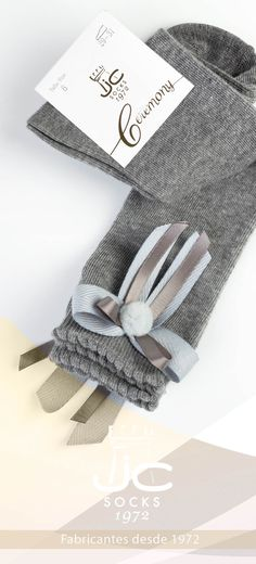Calcetín celebración alto con lazo. JC Castellà fabricantes calcetines celebración niña desde 1972