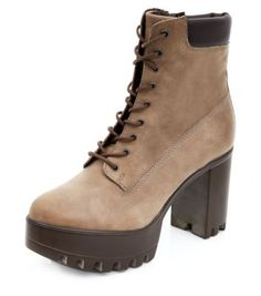 Light Brown Leather Cleated Sole Lace Up Shoe Boots
