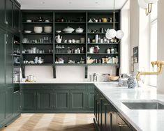 Real Classic - Kvänum All White Kitchen, Green Kitchen, New Kitchen, Kitchen Decor, Kitchen Design, Kitchen Ideas, Kitchen Living, Country Kitchen, Vintage Kitchen
