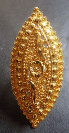 Gold Ring Designs, Gold Earrings Designs, Gold Jewellery Design, Gold Wedding Jewelry, Gold Rings Jewelry, Antique Jewelry, Jewelry Watches, Gold Ring Indian, Gold Buttalu