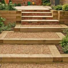 building a boundary with sleepers Backyard Pool Landscaping, Backyard Garden Design, Small Garden Design, Traverse Paysagere, Back Gardens, Outdoor Gardens, Sleeper Steps, Sleepers In Garden, Landscape Stairs