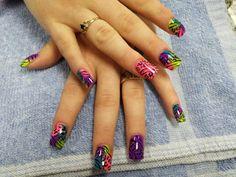 Animal print nail design