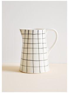 Ceramic Jars, Ceramic Pitcher, Ceramic Pottery, Ceramica Artistica Ideas, Tabletop Accessories, Kitchen Accessories, Creative Co Op, Ceramic Painting, Oeuvre D'art