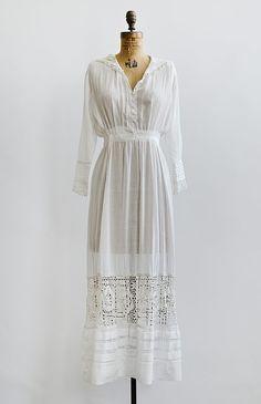 antique 1910s sheer lawn dress with Irish crochet collar