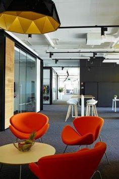 APOLLO DARK / design / black gold / lighting / darling / JBC kantoren #office #project at Houthalen BE