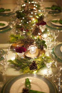 My inner landscape Christmas Table Settings, Christmas Tablescapes, Christmas Table Decorations, Holiday Tables, Decoration Table, Wedding Decorations, Holiday Decor, Christmas Wedding, Christmas Time