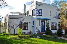 Elegant Art Deco House Exterior Design Ideas for Your Inspiration - Casa Art Deco, Art Deco Home, Art Et Architecture, Residential Architecture, Deco House, Estilo Art Deco, Streamline Moderne, Art Deco Buildings, Modern Art Deco