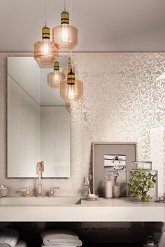 LUXUSNÁ KÚPEĽŇA - Exkluzívne kúpeľne v štýle glamour / BENEVA Double Vanity, Bathroom Lighting, Glamour, Toilets, Mirror, Bathrooms, Furniture, Home Decor, Homemade Home Decor