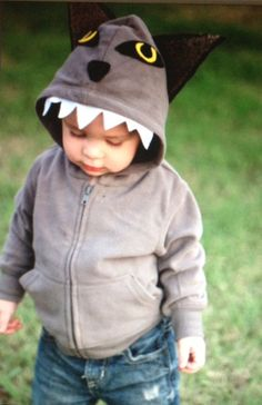 The big bad wolf! This is great for your tough little man Costume is made from light gray hoodie (color may vary slightly due to availability, Sister Costumes, Teacher Costumes, Boy Costumes, Halloween Costumes For Kids, Vintage Halloween, Vintage Witch, Halloween Halloween, Halloween Makeup, Baby Wolf Costume