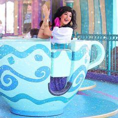 Esmerelda tea cups