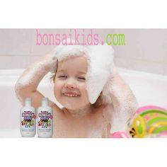 Baby boy shampooing his hair. kidsshampoo-kidsconditioner-kidsdetangler-kidsgel