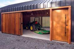 Elk Valley Tractor Shed - Picture gallery