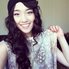 Jen Im, gorgeous youtuber. Her edgy almost avante gard style is inspiring!