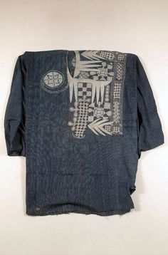 Africa | Man's robe from the Niger River region | Cotton; strip weave, warp and weft stripes (checks), hand embroidered