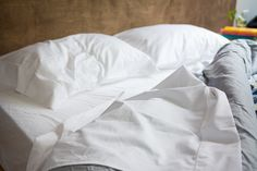 Mayfair Linen 1000 Thread Count Best Bed Sheets Egyptian Cotton Sheets Set - Silver Long-Staple Cotton King Sheet for Bed, Fits Mattress Upto Deep Pocket, Soft & Silky Sateen Weave Sheets Best Percale Sheets, Best Cotton Sheets, Best Linen Sheets, Best Bed Sheets, Organic Cotton Sheets, Egyptian Cotton Sheets, Cotton Sheet Sets, Best Sheets To Buy, West Elm