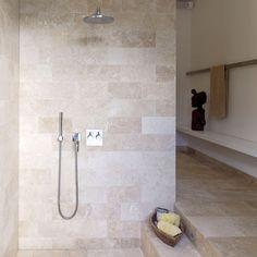 Bathroom: Minimal: Shower