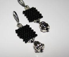 Jewelry, Fashion, Pearls, Earrings, Moda, Jewels, Fashion Styles, Schmuck, Jewerly
