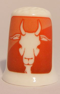 For sale 3.95 Euro >> Capricorn zodiac horoscope porcelain thimble - Speelgoedenverzamelshop.nl