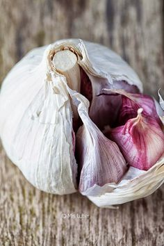 .love what garlic does for food. Nothing else compares!