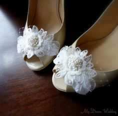 Ivory bridal shoe clips. Venice lace accented  with Swarovski Crystals and leaves. wedding shoe clips  -Lace collection 03- on Etsy, $56.93 AUD