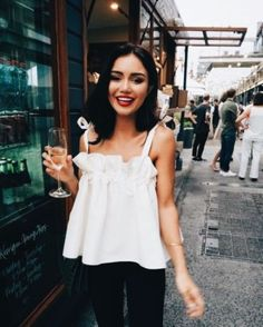 3e35424542595 44 Best Black and White Summer Outfit Ideas