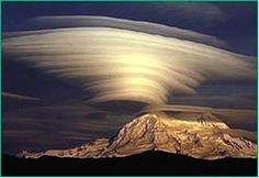 Worlds Rarest and Most Beautiful Cloud Formations ~ Damn Cool Pictures