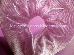 ARTES-ANAS: CANESÚ 12 HOJAS, JUBÓN BEBÉ Baby Cardigan Knitting Pattern, Knitting Patterns, Baby Sweaters, Flowers, Margarita, Craft Ideas, Pink Sundress, Knit Jacket, Costume Design