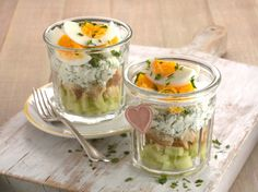 Australian Eggs' layered egg sandwich served in a glass Easy Egg Breakfast, Protein Breakfast, Breakfast Recipes, Easy Egg Recipes, Healthy Recipes, Healthy Foods, Healthy Eating, How To Make Eggs, Egg Sandwiches