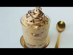 MOUSSE DE CAFE (3 INGREDIENTES, SIN NATA, SIN LACTEOS) - YouTube Canapes, Sin Gluten, Cupcake Recipes, Deli, Cake Pops, Bakery, Vegan Recipes, Easy Meals, Food And Drink