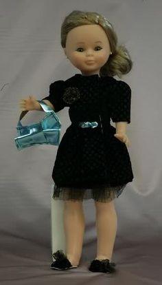Mis Muñecas: Nuevos trajes de Ion Fiz para Nancy de Famosa - Año 2010- Febrero