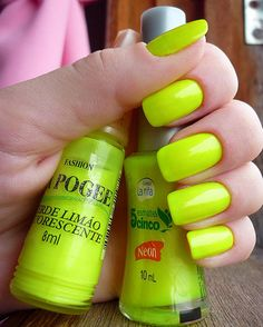 What a fun color for summer! Makes me think of the sun and happiness.