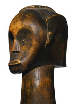 Africa | Reliquary head 'byeri' head from the Fang people of Gabon | Wood with rich patina | ca. early 1900s