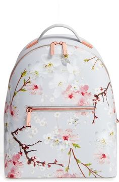 Mochilas in Alone With a Paper Mochila Floral *Clique para ver post completo* Ted Baker Tasche, Ted Baker Bag, Ted Baker Backpack, Ted Baker Shoes, Mini Mochila, Brown Backpacks, Cute Backpacks, Leather Backpacks, Leather Bags