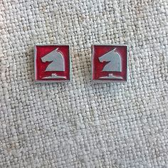 Chess knight horse Vintage sports badge Chess pieces Retro