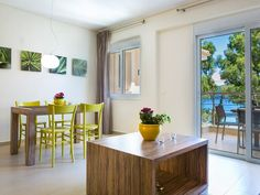 Eucalyptus Apartments - High Quality - Self Catered 10 Meters From Sea - Sami