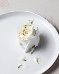 Shades of white. Coconut #desert #olliedabbous #hidelondon by @joakimblockstrom