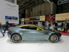 The best sports, performance and supercars at the Geneva Motor Show 2014: Aston Martin V8 Vantage N430 (© Magic Car Pics)