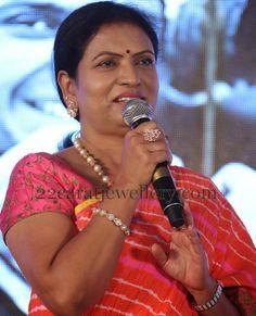 Jewellery Designs: DK Aruna Pearls Bracelet