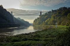 Bristol Suspension Bridge - Rays, via Flickr. http://www.flickr.com/photos/matt_gibson/4021990472/#