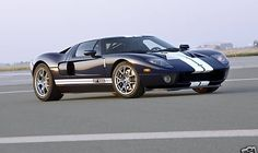 Packing over 1000 horsepower after its GT1000 twin turbo upgrade, and with an eye-watering measured top speed of 235.4mph (378kph) that it can reach in less than 2 miles of straight road, this 2005 Ford GT has been given the full treatment by the high-velocity tuning gods at Hennessey Performance Engineering. Now its up for sale on eBay - for the price of a small house.