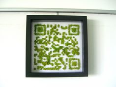 QR CODE Green - - QR Code prodotto con piantine verdi .