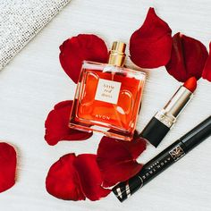 #ProTip: Stand out this weekend with a red 💋paired with lifted lashes and our NEW Little Red Dress fragrance featuring notes of Bulgarian rose! 🌹💯😍 See this Instagram photo by @avoninsider • 791 likes | Shop: http://avon4.me/2hRn15k