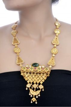 Amrapali: Silver Multi Stone & Pearl Floral Necklace