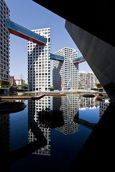 Linked Hybrid :: Steven Holl Architects
