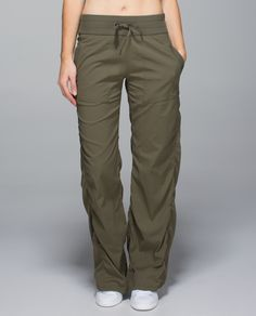 We designed these pants to keep us comfortable on the way to and from the studio or the gym. Two-way stretch fabric gives us room to move, and a drawcord at the hem lets us cinch up the legs to cropped length when we need a little extra air.