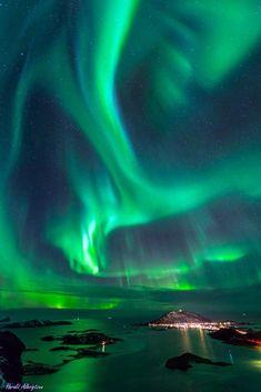 Aurora Borealis in Tromsø, Norway Tromso, Aurora Borealis, Northen Lights, See The Northern Lights, Photos Voyages, Natural Phenomena, Beautiful Sky, Land Art, Science And Nature